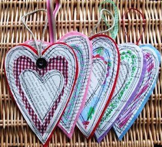 Tutorial cuori carta e tessuto – Tutorial hearts, paper andfabricSewing, Crafts Ideas, Handmade Harbour, Crafty, Paper Hearts, Hanging Hearts, Parties Ideas, Crafts Business, Simple Hanging