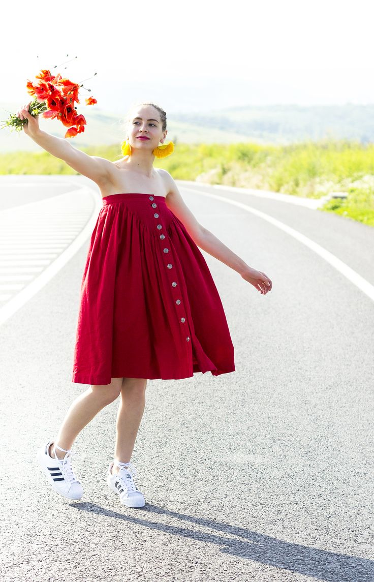 let my glasses only for this picture  #red #big #skirt #vintage #poppies #everbril #handmade #earrings Vintage dress worn like skirt