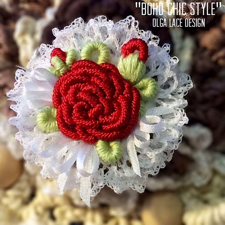 Купить Вышитая мини - брошь ручной работы от Olga Lace - вышитая брошь, роза, розочка