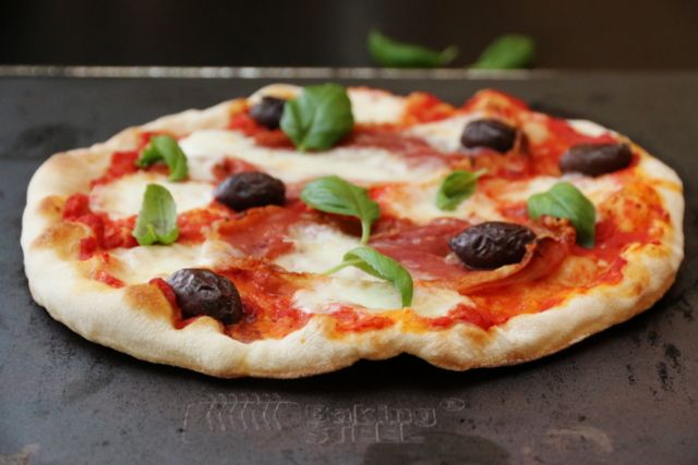 BakingSteel pizza