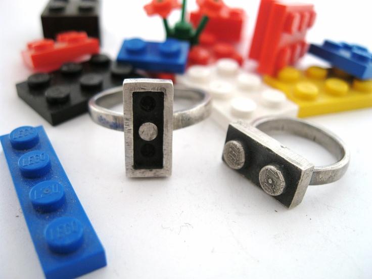interlocking Lego rings
