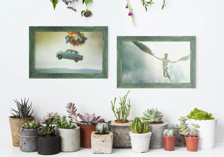 Descubre cómo introducir los cuadros #surrealistas en la #decoracion #ecofriendly. Moldura color verde perteneciente a la colección rústica de Molduras Hergon (ref.275-222)