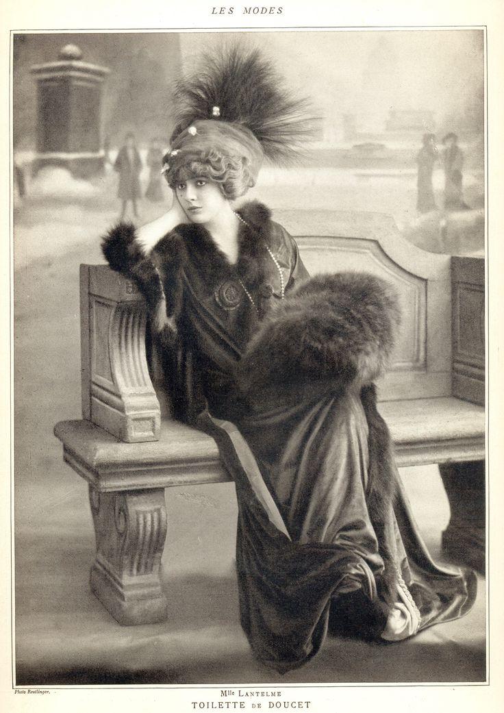 France. Les Modes, 1909