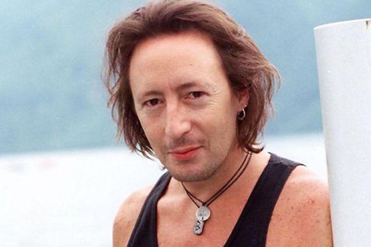 Julian Lennon in August 1998