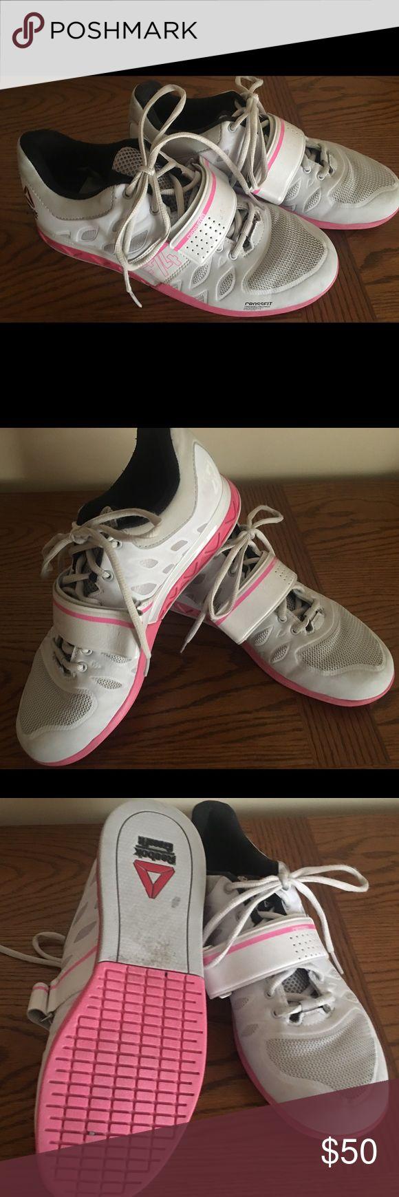 Ladies Reebok Crossfit weightlifting shoes Sz 9 Like new Reebok Crossfit weightlifting shoes. Only worn 4 mos Reebok Shoes Athletic Shoes