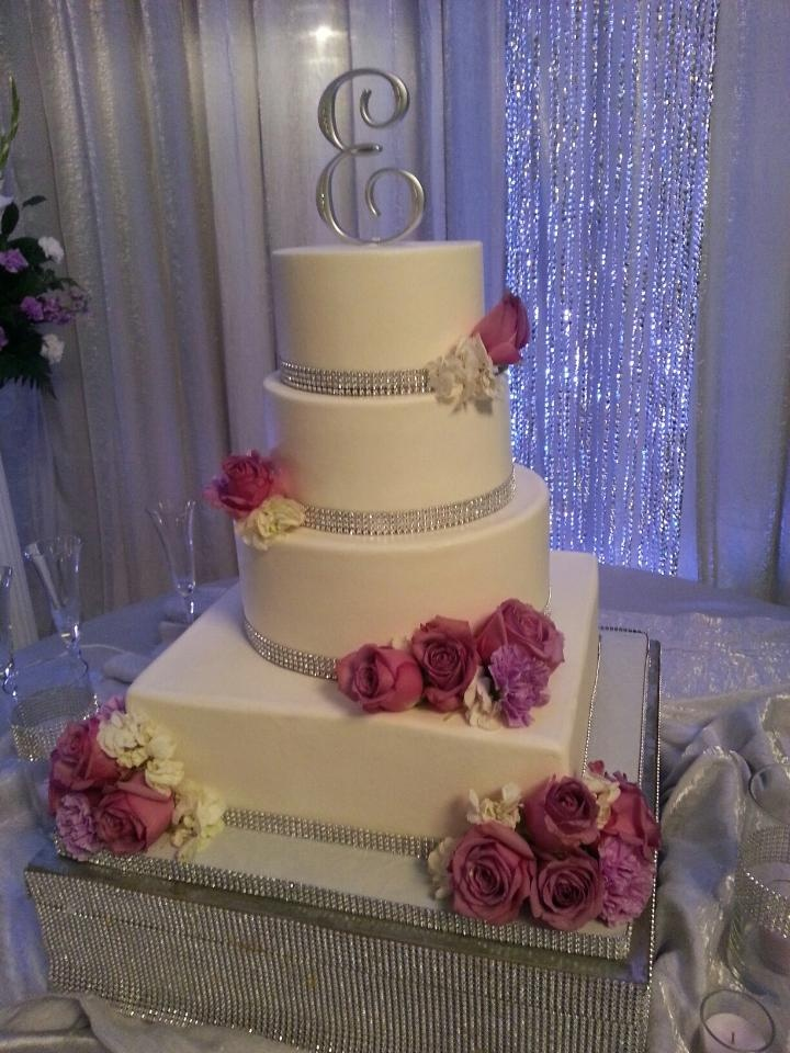 wedding cake ribbon with rhinestones 17 best images about bling sparkly wedding cakes on 23689