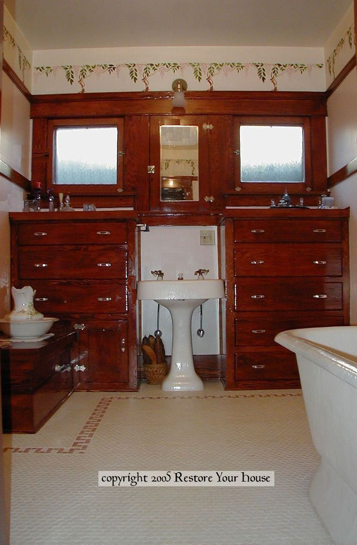 Arts and crafts bathroom tile - This Bath Is In A 1913 Craftsman Bungalow