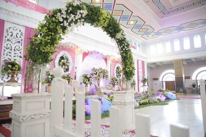Hana & Fauzi Wedding Decoration by LAKSMI - Kebaya Muslimah & Islamic Wedding Service - 001