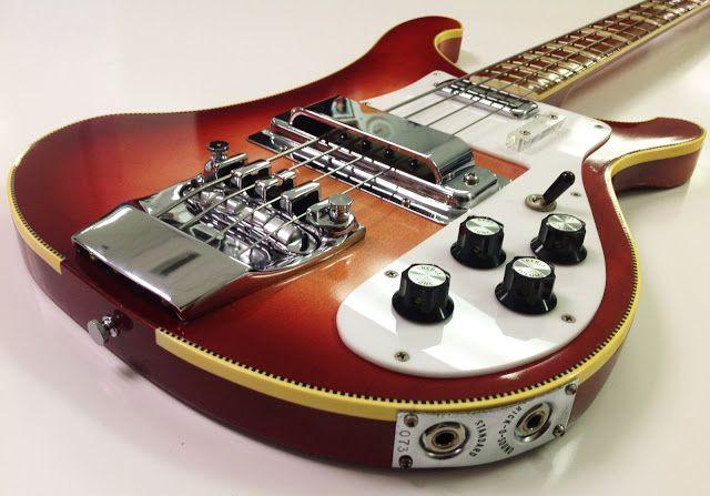 1971 Rickenbacker 4001 Bass
