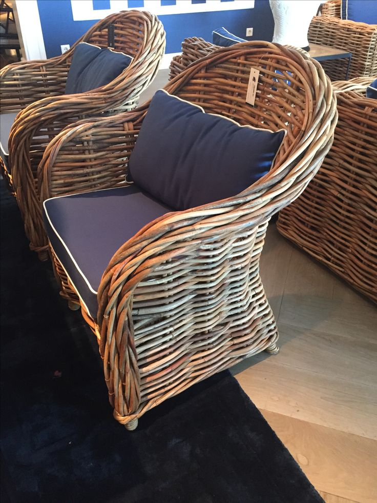 Stoelen en bank van dik Bamboe / riet Eichholtz sofa Foster chair Pretona Dealer Eichholtz grootste showroom