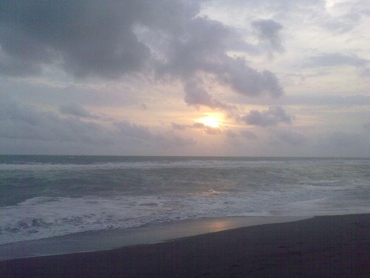 Pantai Suwuk dipagi hari