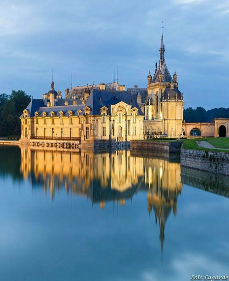 1000 ideas about chateau chantilly on pinterest. Black Bedroom Furniture Sets. Home Design Ideas