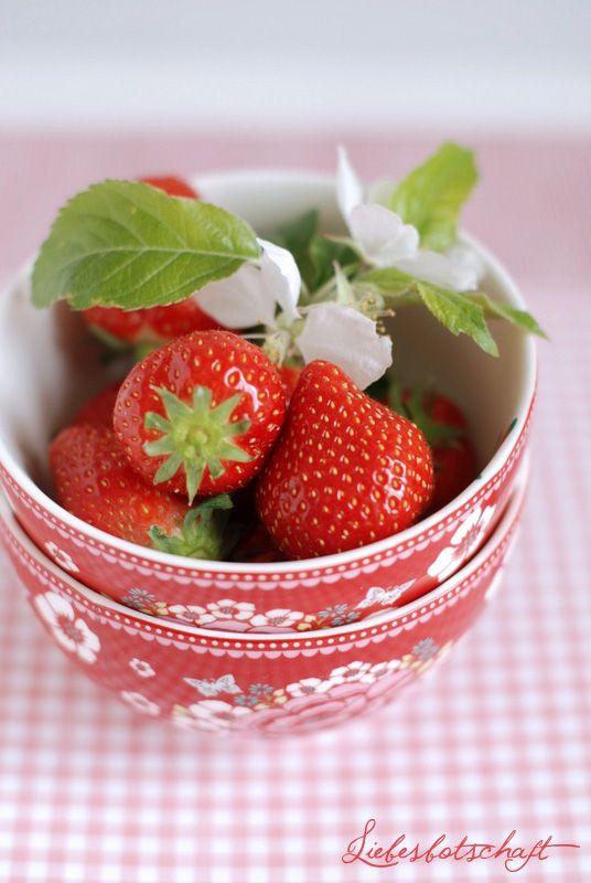 Strawberries | Liebesbotschaft