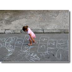 Weg van het stigma : hoe kunnen we anders communiceren over kinderarmoede? / Koning Boudewijnstichting