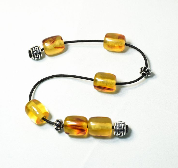 Begleri, Worry Beads, Small Komboloi, Artificial resins beads, Champagne amber color beads, Greek symbols meandros, Relaxation, Anti stress by AlterDecoCoinsnBeads on Etsy #komboloi #begleri #worrybeads #tesbih #greece #greekkomboloi #greekworrybeads #prayerbeads #menaccessories #relaxationbeads