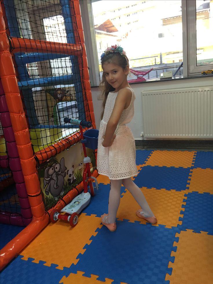 #birthdaygirl #party #6yearsold #sarah #kids #girls #fun #princess #play #playground #sarahfashionablekids