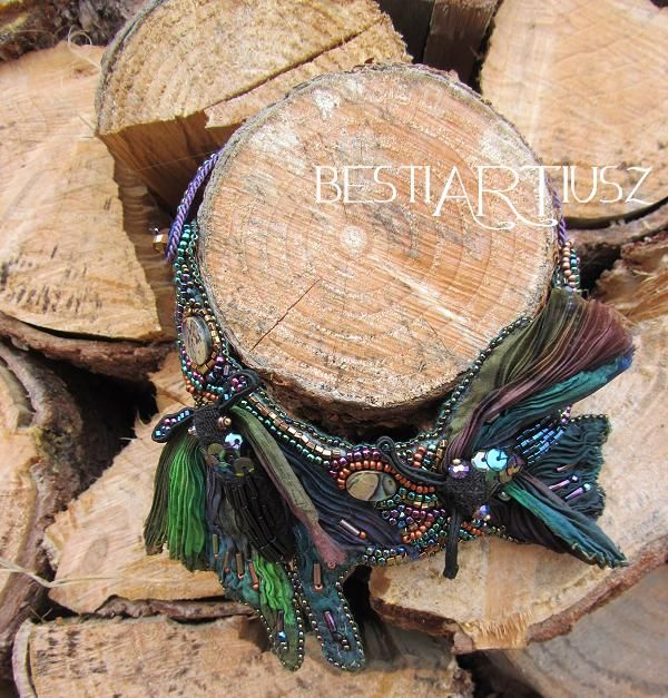 bestiARTiusz: A tale of two moths (beaded necklace with shibori silk)