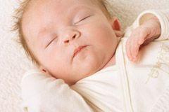 Das Baby ist da! Jetzt fehlt nur der Spruch für die Karte: Wir haben die schönsten Sprüche und zur Geburt für Sie. Von bekannten Autoren. © Thinkstock