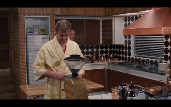 Bond S Kitchen Live And Let Die James Bond Interiors