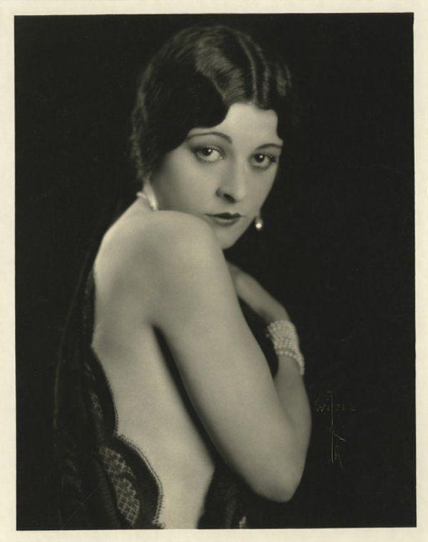 Helen Jerome Eddy (February 25, 1897 - January 27, 1990) was a motion picture actress from New York, New York. She was noted as a character actress who played genteel heroines in films such as Rebecca of Sunnybrook Farm (1917). (Skippy, Mata Hari, War Nurse)