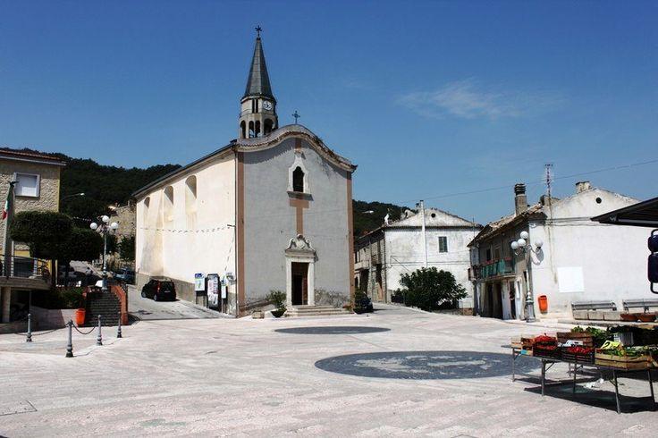 Dogliola Abruzzo #dogliola #abruzzo #propertyforsale #country #immobiliarecaserio #italy