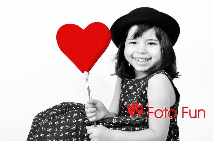 Victoria with red heart
