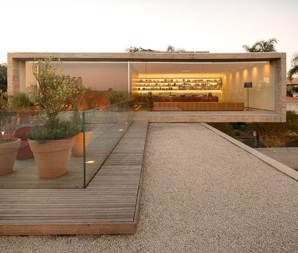 The P House Studio MK27 | Marcio Kogan | Lair Reis | São Paulo, Brazil (via Gau Paris)