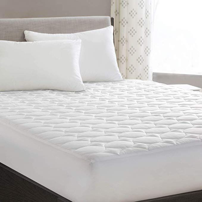 Hyleory Queen Mattress Pad Cover Quilted Fitted With Stretches To 18deep Pocket White Cooling Hypoallergenic Mattress Mattress Mattress Pad Mattress Pad Cover