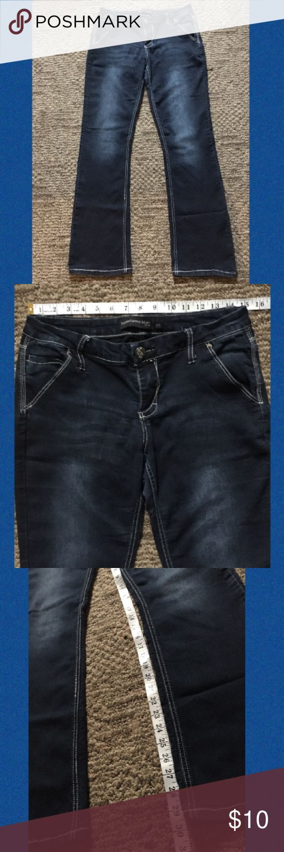 """Jeans Blue In color,waistline width 15"""", thigh width 8 1/2"""", in seam length 30"""", out seam from waistline length 41"""". Twenty one black Jeans Flare & Wide Leg"""