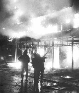 ΡΟΔΟΣυλλέκτης: 19 Δεκεμβρίου: Στις φλόγες «Κατράντζος» και «Μινιό...