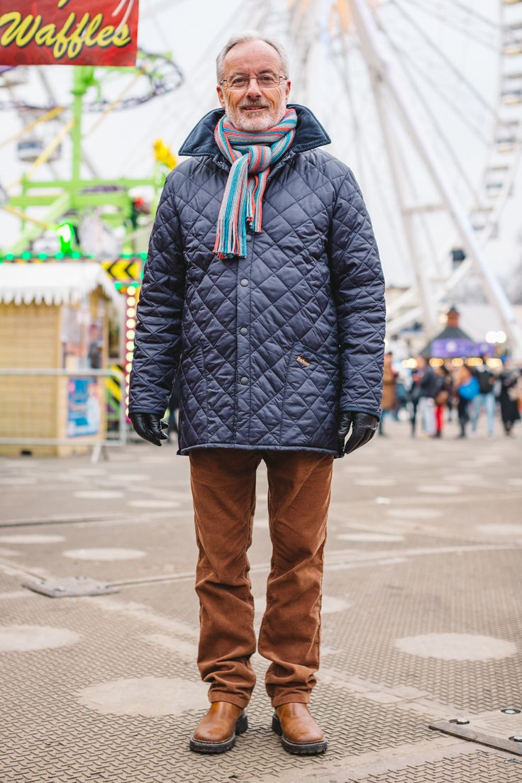 Peter wore his Barbour Liddesdale Quilted Jacket - with cord trousers and brown boots!