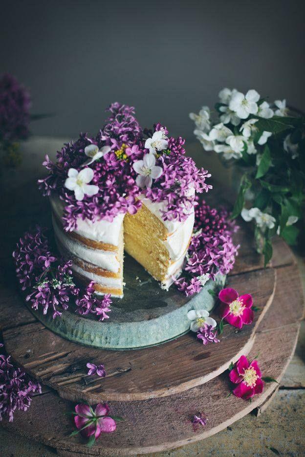 Featuring: Linda Lomelino aka Call me cupcake - FoodiesFeed: