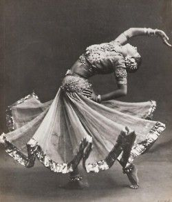 twirl: Belly Dance, Gypsy Dancers, Beautiful, Art, Modern Dance, Bellydance, Public Libraries, Ruth St. Deni, Indian Dancers