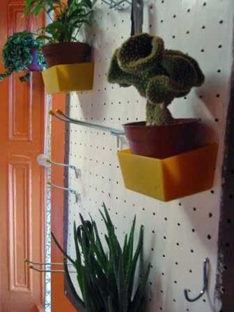 cb694e9d38e3214e6fd46ca9a09b645c 27 best pegboard pinboard images on pinterest peg boards, craft  at gsmportal.co
