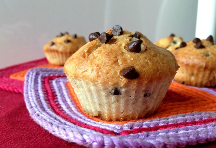 Muffins vegani alla banana con gocce di cioccolato Banana & chocolate chip muffins -vegan!