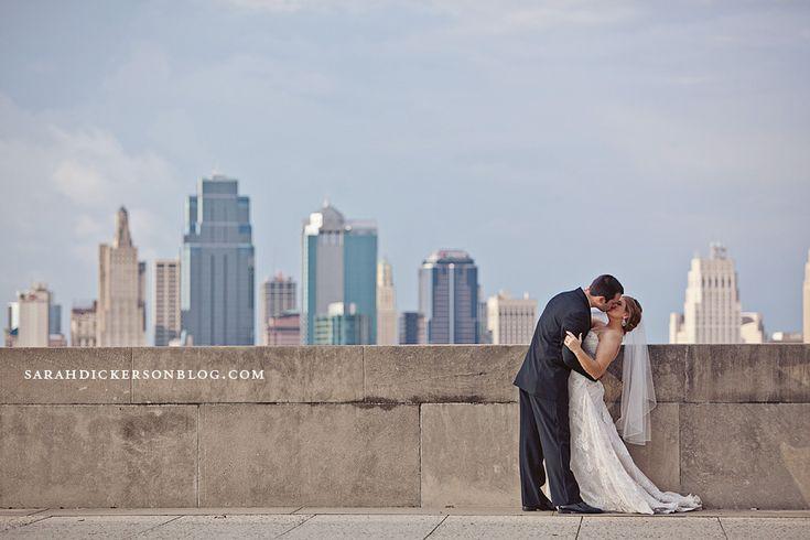 liberty memorial wedding pictures | Liberty Memorial Kansas City wedding photography