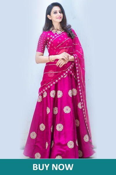 Top 7 Best Karva Chauth Dresses That You Must Check Out Now