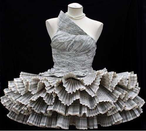 Made from Phonebooks: Fashion, Idea, Paperdresses, Paper Dresses, Newspaper Dress, Paper Art