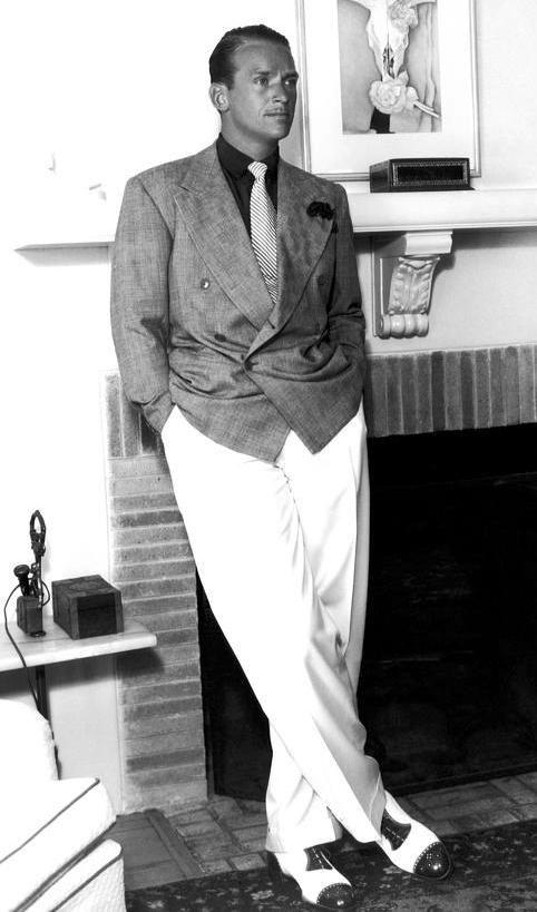 douglas fairbanks jr   Douglas Fairbanks Jr. 1942. Zapatos Spectators modelo Oxford con ...