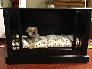 Finally something to do with Mom & Dad's ancient console tv. Look out Erin, your girls may get a new house! : TV Dog Bed