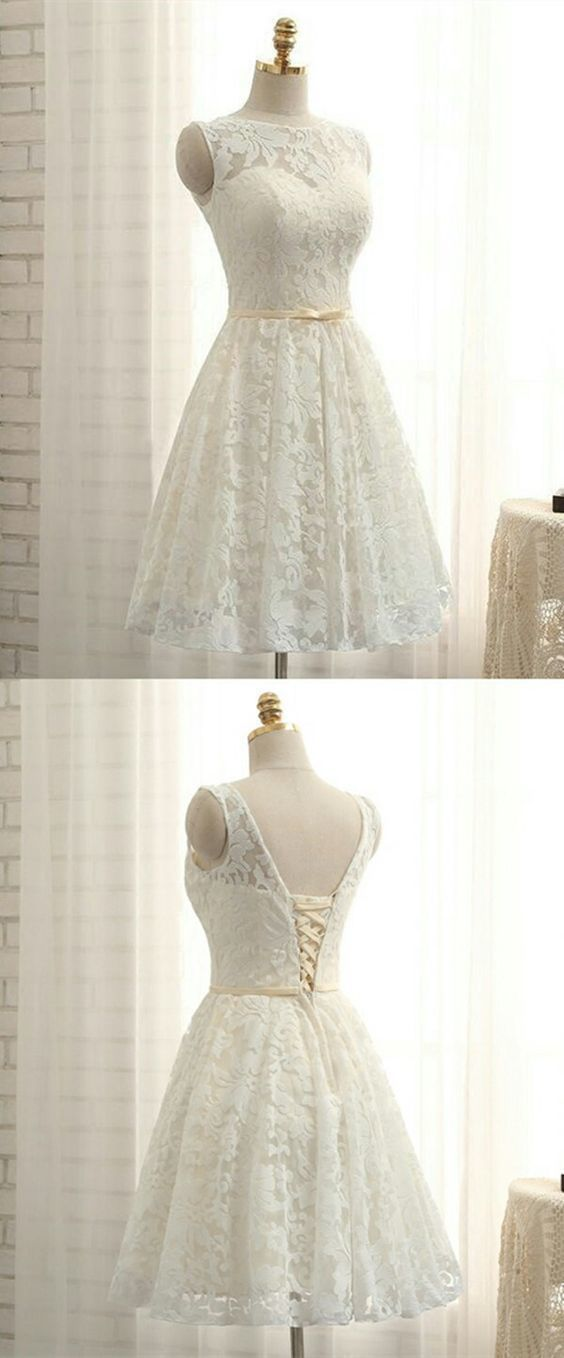 A-Line Bateau Lace-up White Short Lace Homecoming Dress