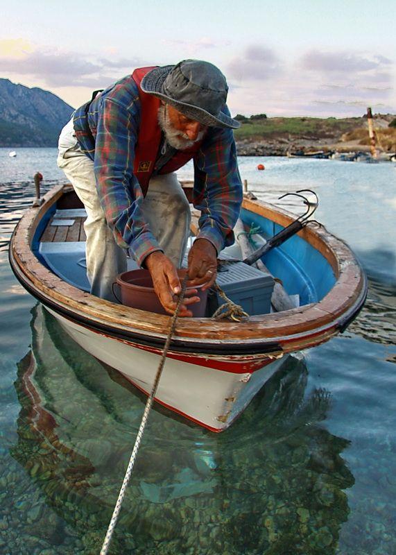 İhtiyar Balikçi | barcos | Pinterest | Embarcaciones, Pescador y Artesanía