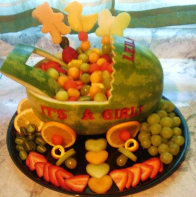 Fruit basket for a baby shower edible fruit creations for Baby shower fruit decoration ideas
