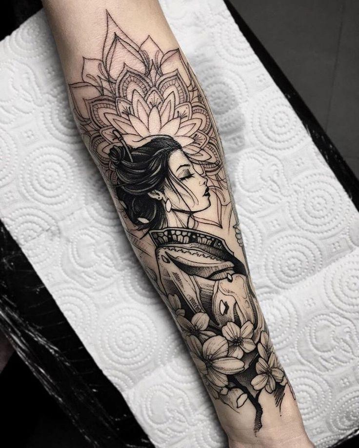 Geisha Tattoos Blackwork Irezumi Tattoos I 2020 Armtatueringar Bentatueringar Spetstatuering