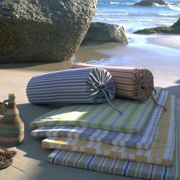 12 best matelas de plage images on pinterest beach towel. Black Bedroom Furniture Sets. Home Design Ideas