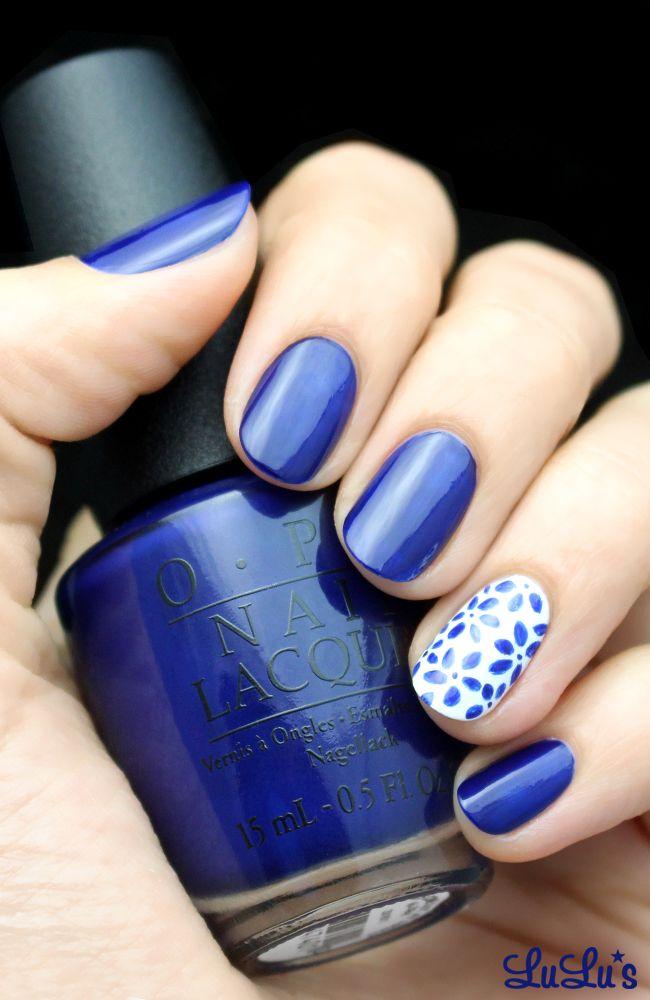 { White+ blue floral }