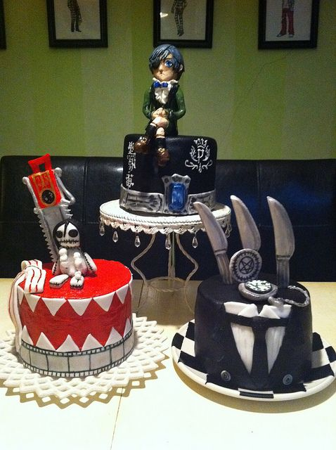 Black Butler cakes kuroshitsuji THIS IS THE BEST THING EVER I WANT THESE FOR MY BIRTHDAY