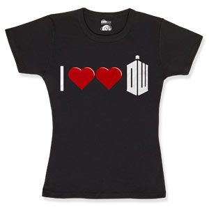 """I heart heart Dr. Who"" You'll only get the redundancy if you're a true Dr. fan...which I am! Want!!!: Tees Shirts, Heart Heart, Heart Doctors, Dr. Who Shirts, Doctorwho, Doctors Who Shirts, T Shirts, Think Geek, Doctors Who Love"