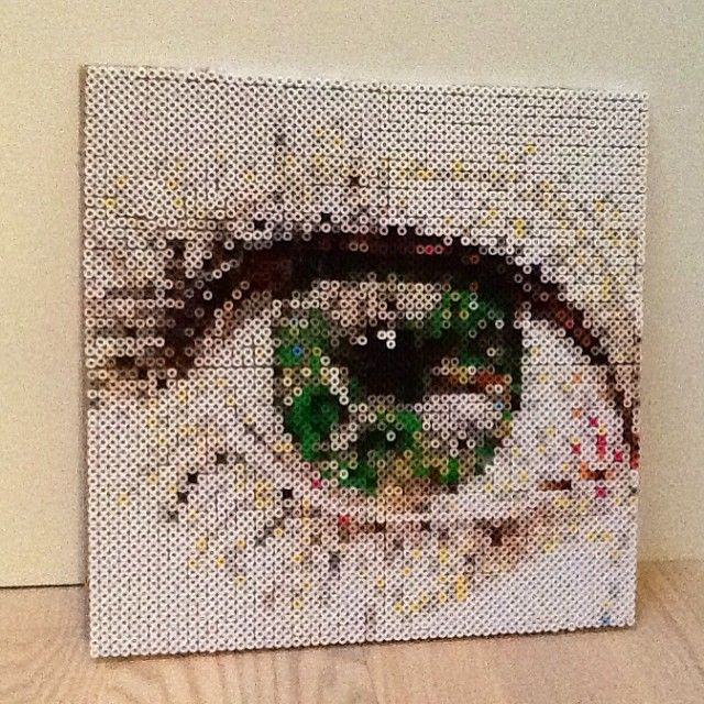 Eye pixel art photopearls by almadeleuran