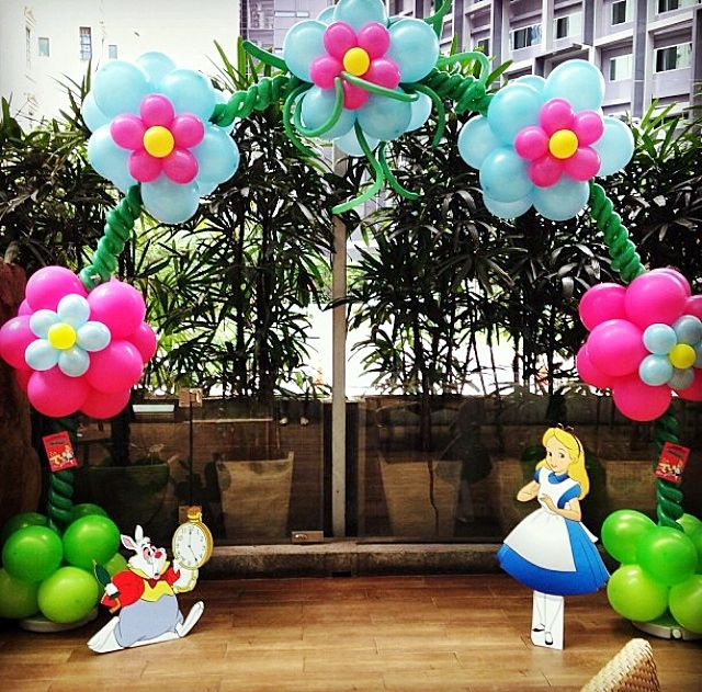 554 best images about balloon flower arches columns for Alice in wonderland decoration